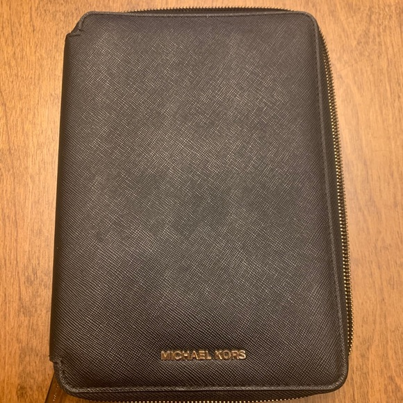 MK Ipad Mini Zip Around Case